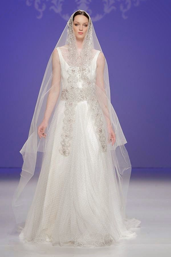 M&M colección 2015. Barcelona Bridal Week 2014