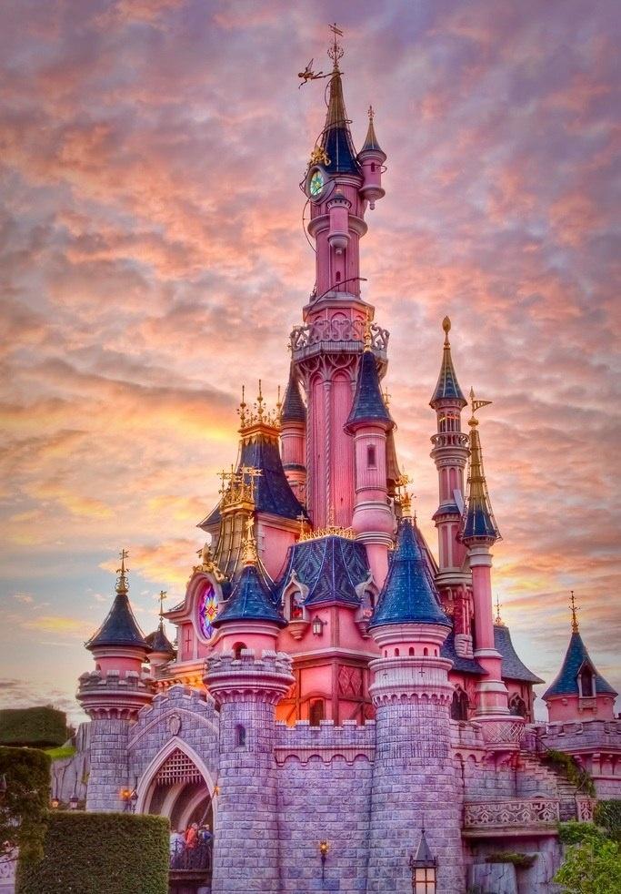Замок Диснейленд в Париже, Франция