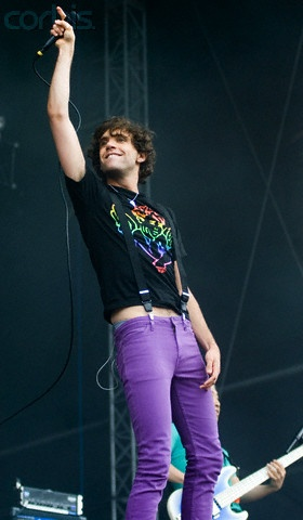 MIka there is skin showing ahh