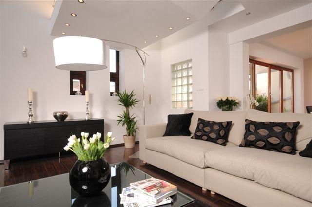 Eladó lakás - V. Veres Pálné utca - Central Home