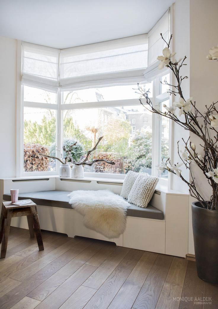 20 best thuis erkerbank images on pinterest window - Bay window decorating ideas ...
