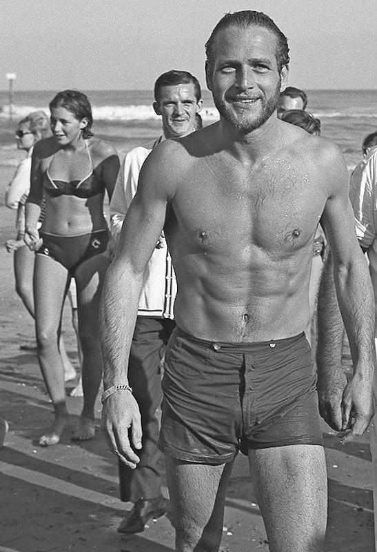 Ах, Лето! - история в фотографиях-1963 Пол Ньюман, Пляж Лидо, Италия