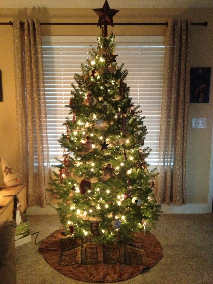 my country primitive christmas tree tis the season. Black Bedroom Furniture Sets. Home Design Ideas