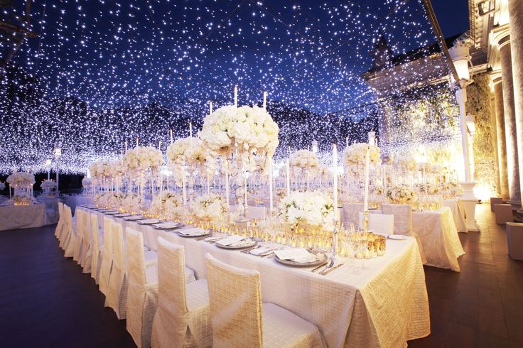 Preston Bayley's Magnificent decoration, magical Stary effect  with white flower centerpiece. more : http://www.bridestory.com/blog/extravagant-private-villa-wedding-abel-and-tania