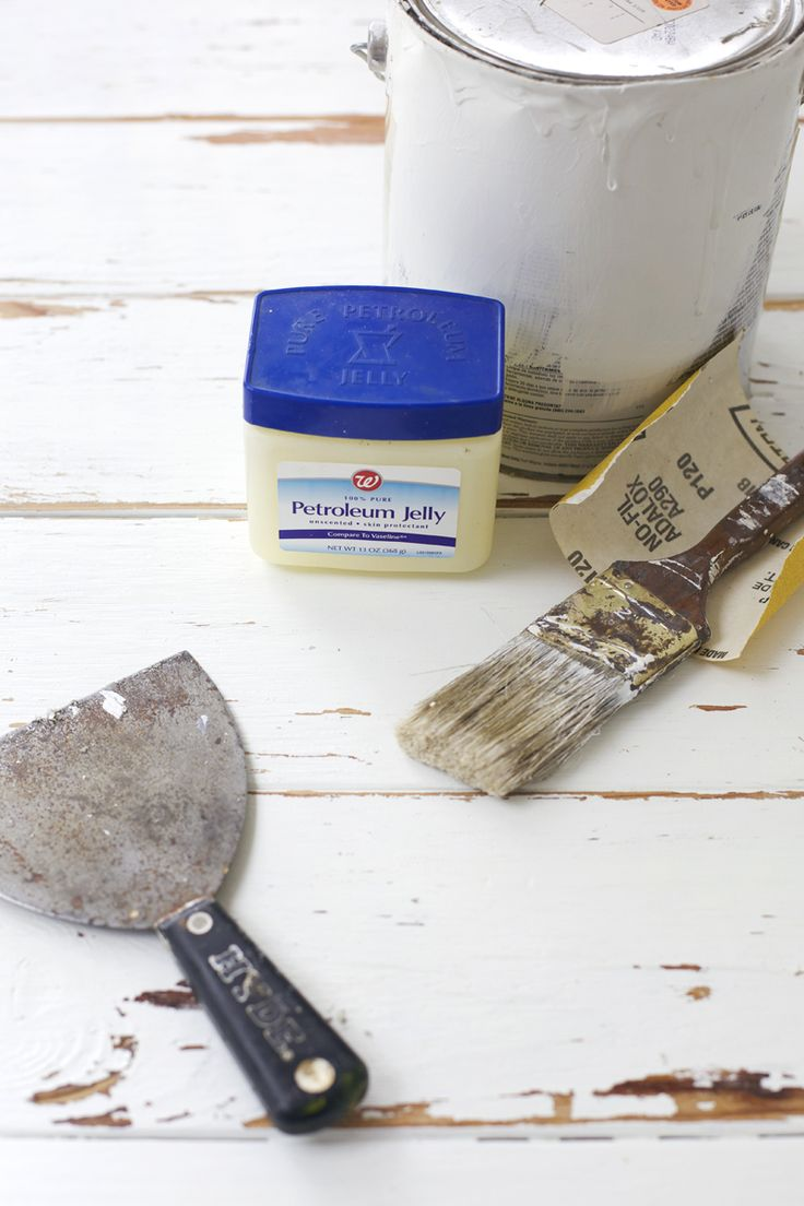 How to make a distressed wood backdrop for photos