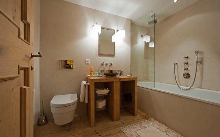 Top Floor Bedroom Bath