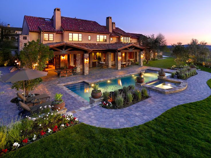 Backyard Paradise: 91 Best Images About Beautiful Homes... On Pinterest