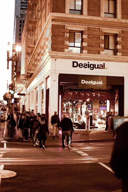 Desigual Store in San Francisco, California, USA. 101 Powell Street @ Ellis. Check all our shops in storelocator.desigual.com/: Favorite Places, Storelocator Desigual Com, Powell Street, Desigual Stores, 101 Powell, Men Clothes, Beach, House