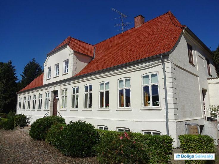 Stenderupvej 132, Agtrup, 6091 Bjert - Attraktiv ejendom på Stenderuphalvøen  #landejendom #bjert #selvsalg #boligsalg #boligdk