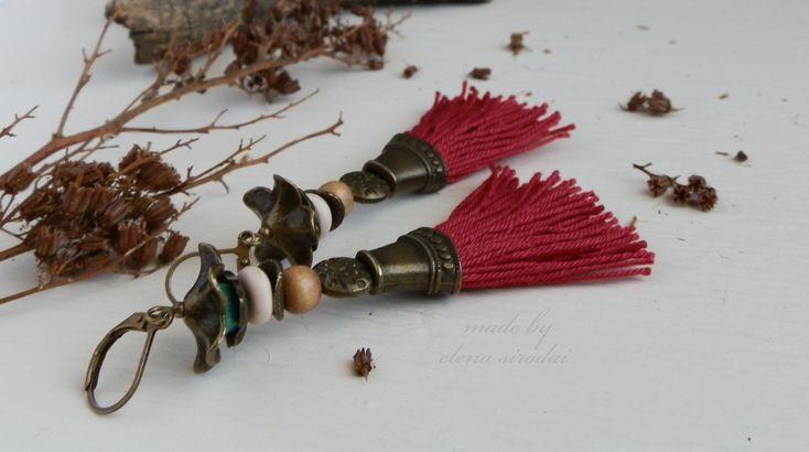 Красные серьги кисти. Серьги в этническом стиле, в стиле бохо.  Серьги ручной работы. Earrings. Bohojewels. Bijoux. Bohoearrings.