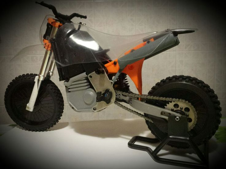 Filamenti per stampanti 3D in ABS, HIPS e PLA online - Filo Alfa 3D ||| http://www.armodelling.com/ ||| http://3dprintingindustry.com/2015/06/11/partially-3d-printable-rc-motorcycle-kit-coming-summer-filoalfa