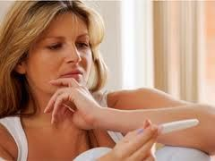 AM I PREGNANT OR NOT?? : The Truth About The Faint Line On Your Pregnancy Test - News - Bubblews #pregnancy #tryingtoconceive #pregnant