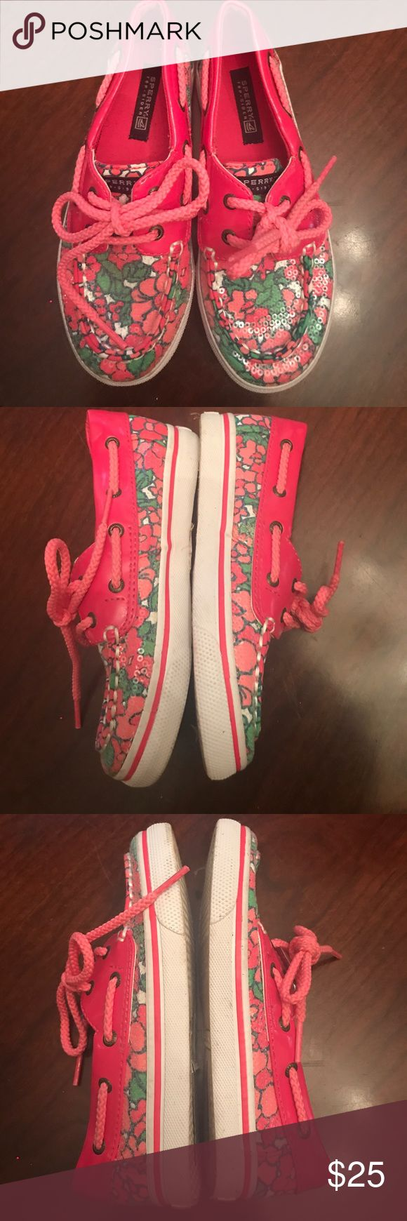 Girls Sperry top-siders Gently used girls Authentic Sperry top-siders. Floral pattern. Still have plenty of life left. US Size 12. Cute and perfect for the summer 💗. Sperry Top-Sider Shoes