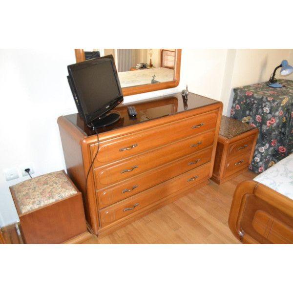 Λόγω ανακαίνισης οικίας , πωλούνται έπιπλα σε πάρα πολύ καλή κατάσταση από τον ιδιοκτήτη.