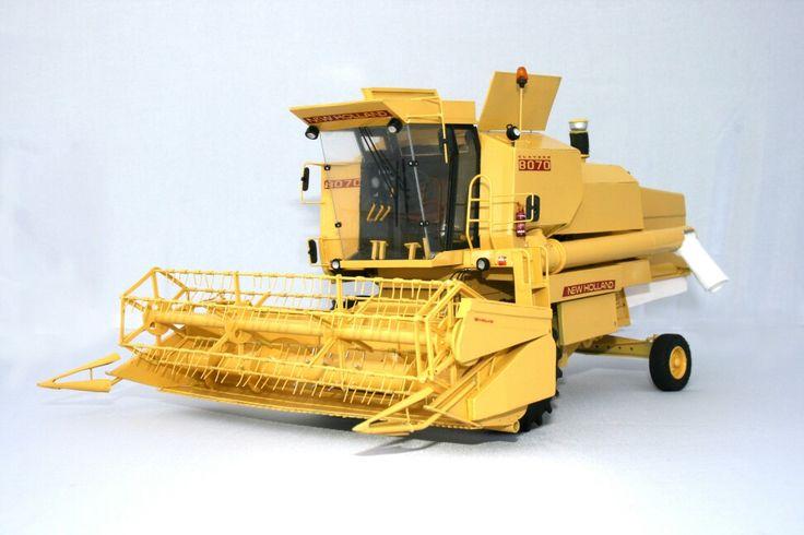1/32 scale scratchbuilt NH8070 combine.
