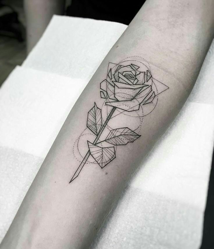 Tatuagens in 2020 | Geometric rose tattoo, Tattoos, Arrow tattoos