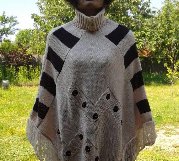 Ecru Poncho CapePoncho JacketPoncho Knitting by VintageBrandNew