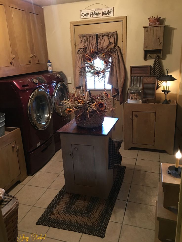 My primitive laundry room by jozy casteel country decor for Decorate a laundry room