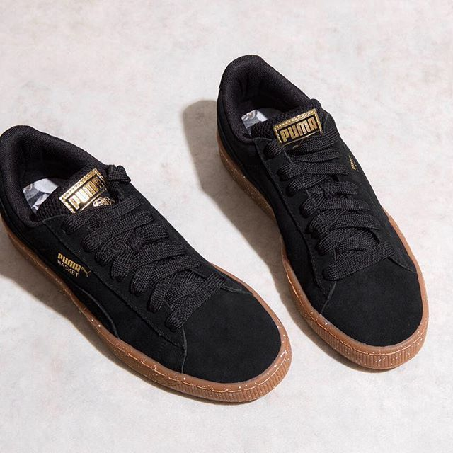 Own Sunday casuals with these @puma Careaux Basket trainers 👌 Shop now online and in FLANNELS stores #PUMA  #FLANNELS #FLANNELSWOMAN #STYLE #STYLEGRAM #TRAINERS #SNEAKERS #AW16