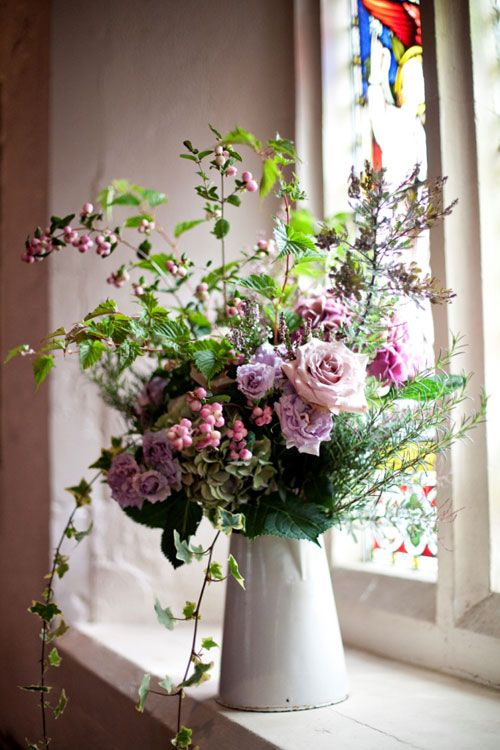 I f I save this, I may be able to have a florist re-create it for me later...so pretty.