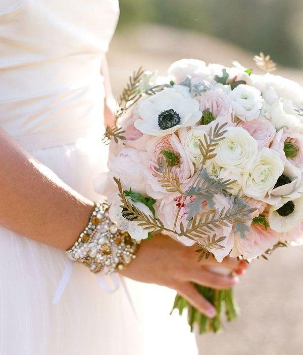 blush with black/white flowers = gorgeous