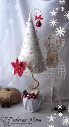 Crea estos hermosos pinos navideños perfectos cómo decoración de mesas, escritorios o cualquier pequeño rincón que desees adornar. La técn...