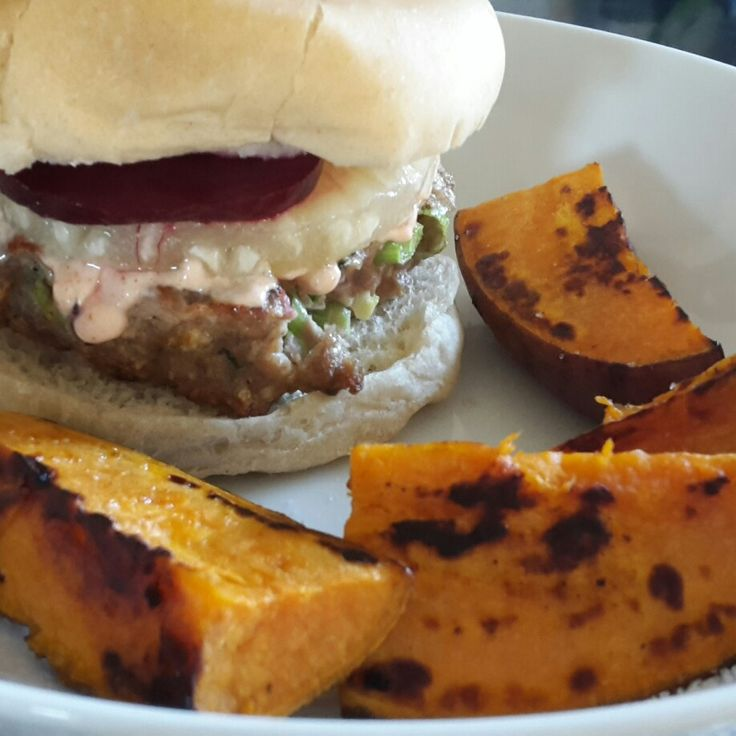 Turkey burger with pineapple, beetroot & sweet potatoe wedges :)