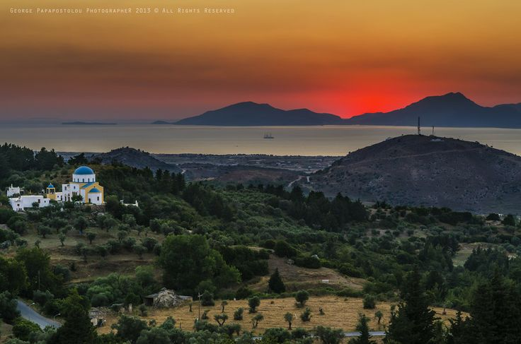 500px / Summer Sunset by George Papapostolou