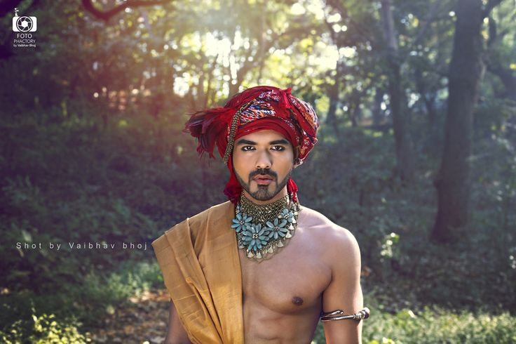 We are proud to share the calendar project by Vaibhav Bhoj on IMM – indian Male Models blog. Vaibhav Bhoj shot the stunning indian guys Saiyam, Surjit, Aditya and Rohit for this amazing charity pro…
