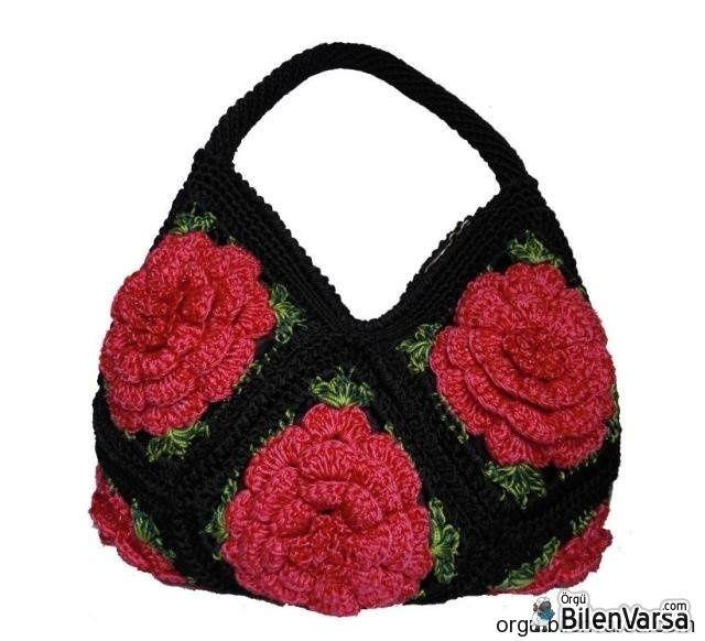 Siyah Çiçek Motifli Çanta Modelleri
