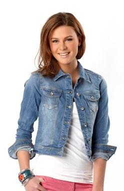 Jasna kurtka jeansowa