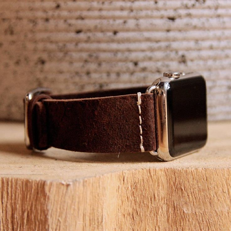 """Meridio (@meridioband) su Instagram:  COTTAGE  CHOCOLATE   Apple watch strap by #meridioband • • • #applewatchband  #applewatchstrap…""""  Discover our collection www.meridioband.com   #applewatch #applewatchband #applewatchstrap #meridioband #leather #CottageChocolate #brown #madeinitaly"""