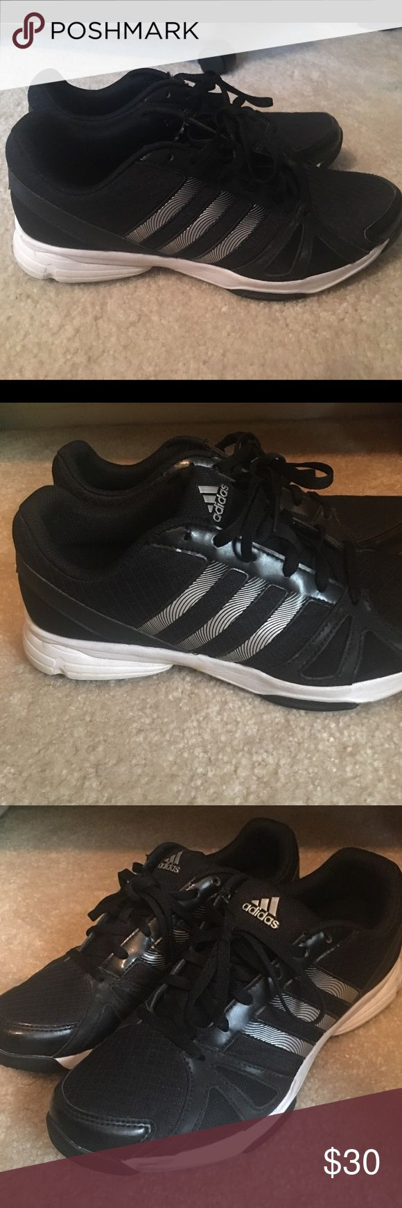 adidas womens shoes black and white adidas excellent condition adidas shoes athletic shoes