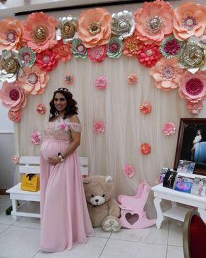 Hermosa y futura mami posando para la camara junto al bello panel vaporoso con flores #dugorche, celebrando su baby shower .... . . Muchas gracias y bendiciones especiales para la bebe!!! . . #floresdepapel #floresdepapelgigantes #floresgigantes #hechoamano #villahermosa #tabasco #babyshower #babyshowers #babyshowerideas #instababy #instadeco #inspiradecor #decoideas #murodeflores #paperflower #paperflowers #paperflowerbackdrop #paperflowermurah #paperflowerwall #instalove #sweet #tierno...