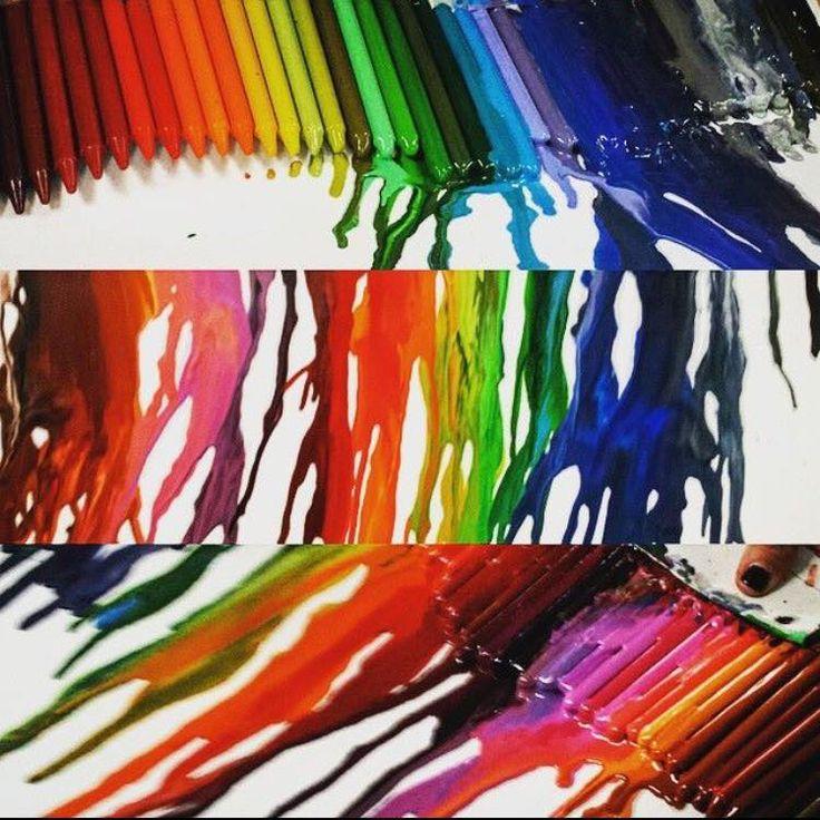 On fait fondre la cire pour travailler les couleurs et développer notre sens artistique! Une autre belle création des jeunes du camp de jours spécialisé de la clinique U museau vaut mille mots