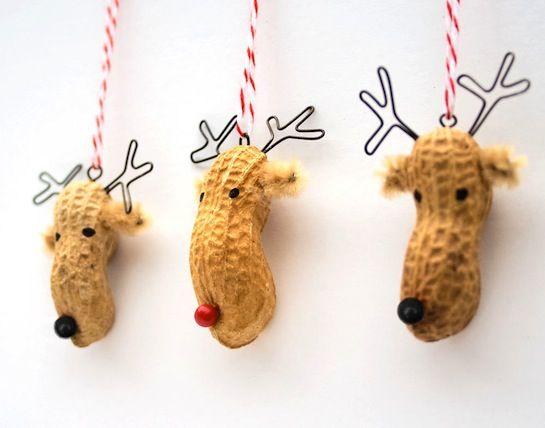 Adorno de Navidad hecho con cacahuetes / Peanuts Christmas ornaments