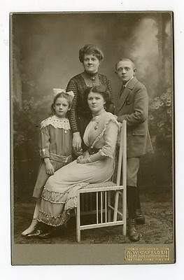 Cabinet Card Vintage Photo Victorian Family Photo Essen Ruhr Germany |