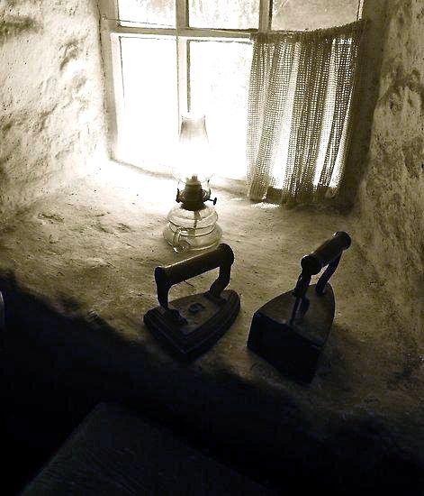 Irish cottage window ... photo by