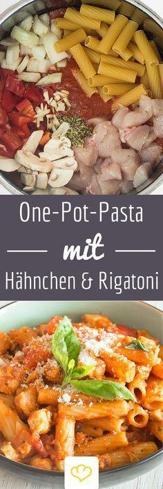 One-Pot-Pasta mit Hähnchen, Tomate und Champignons. Soße und Nudeln kommen aus einem Topf . Ein Schuss Weißwein verfeinert den Genuss.