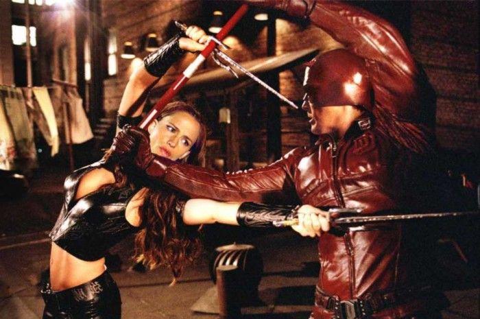 Mesmo depois de aparecer em Demolidor: O Homem Sem Medo (2003), Jennifer Garner teve que estrelar o próprio filme como Elektra para provar que realmente estava muito ruim no papel.