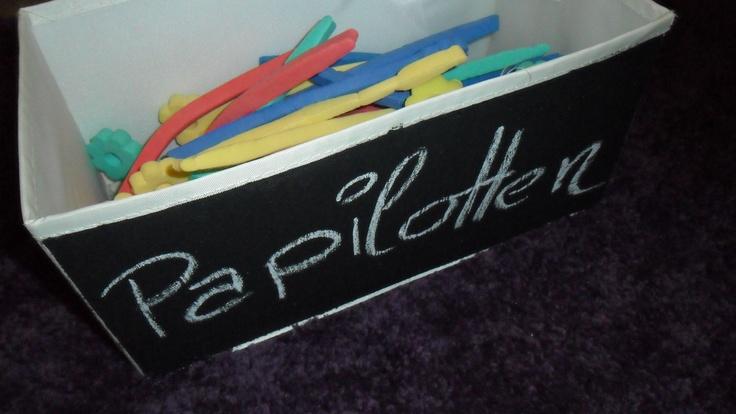 Box für Papilotten (mit Tafelfarbe bemalt)
