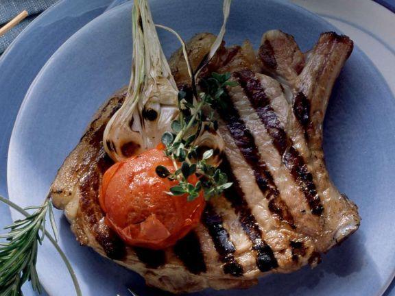 Schweinekoteletts vom Grill ist ein Rezept mit frischen Zutaten aus der Kategorie Schwein. Probieren Sie dieses und weitere Rezepte von EAT SMARTER!