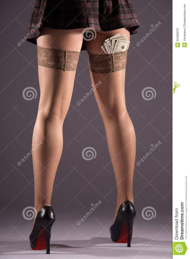 """Résultat de recherche d'images pour """"bas nylon sur une jambe"""""""