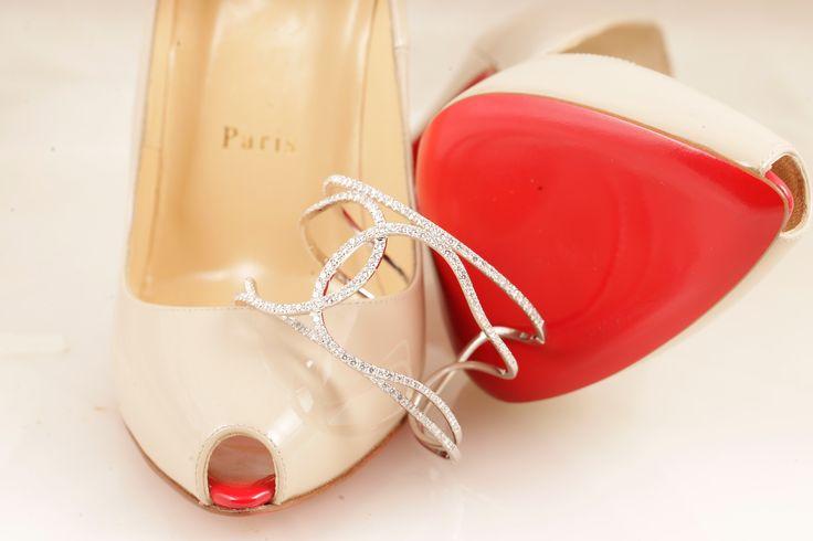 LOUBOUTIN CARATS ! #LouboutinShoes #DanelianDiamondClub #DiamondBracelet