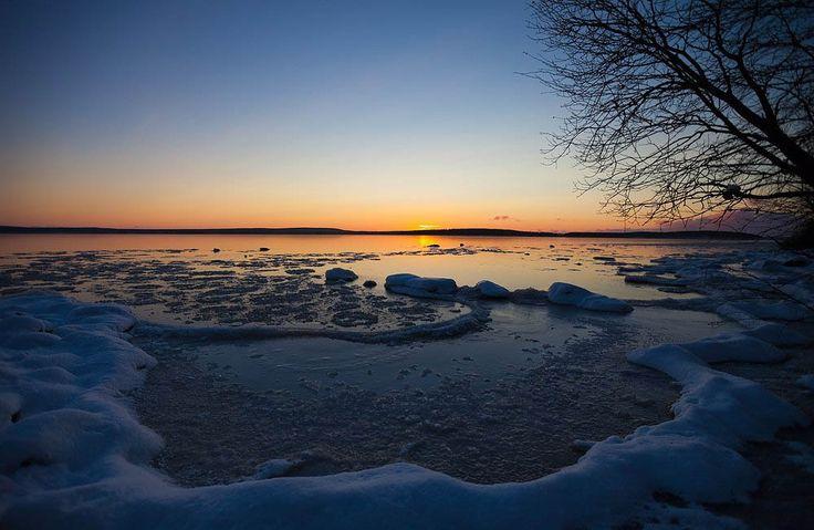 озеро Имандра. Кольский полуоостров. Россия