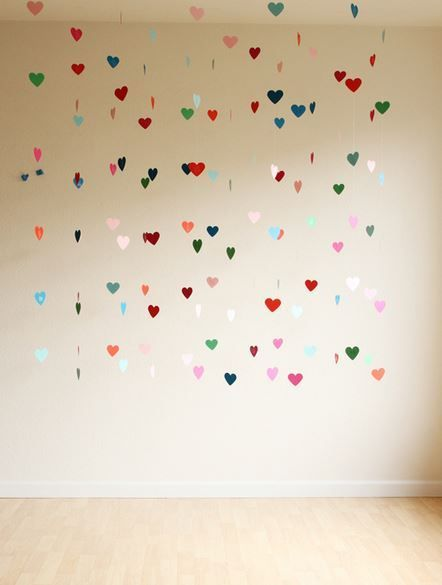 Tips y tutoriales para como hacer cortinas de papel para bodas en un 2x3! Una opción económica que dará un toque personal a tu boda! :)