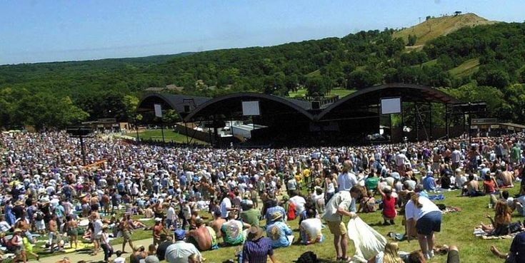 Our Website: http://alpinevalleymusictheatre.org/ Alpine Valley Music Theatre established itself long ago as one of the state's premier venues for live music. When you perform an event ticket search online, and then find tickets you want to purchase, you may have second thoughts depending on the website.