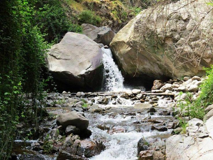 Cascada, agua San Ramon, Comuna de la Reina.