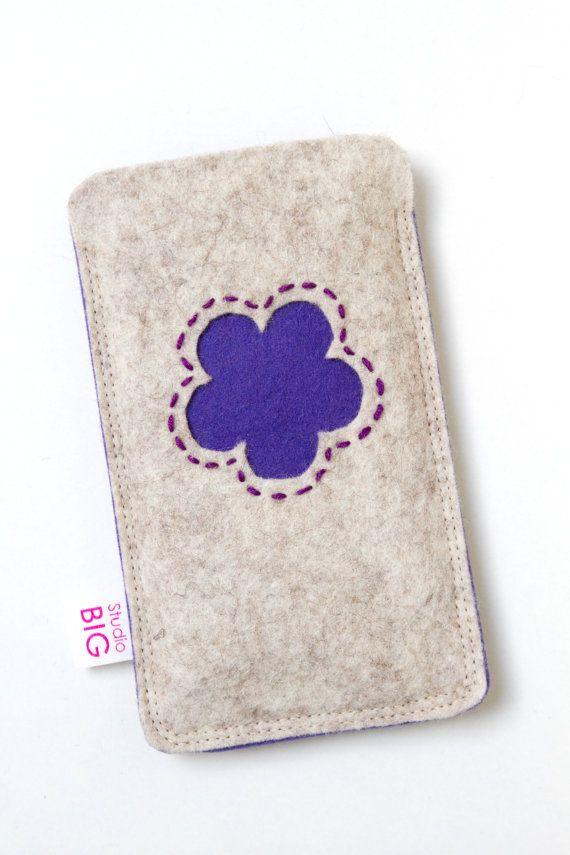 Handyetui gemacht, um Ihr Iphone oder andere Smartphone - braun mit roten Blüten passen