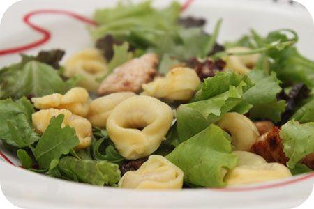 Maaltijdsalade met Tortellini en Kipfilet